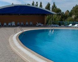 Roseville-pool-service